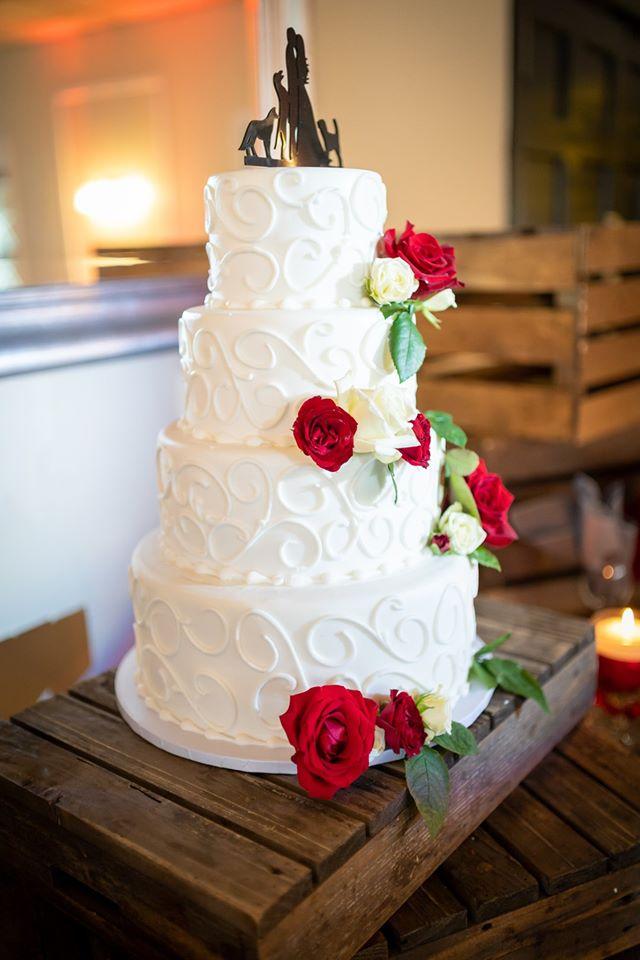 Isgro Bakery wedding cake